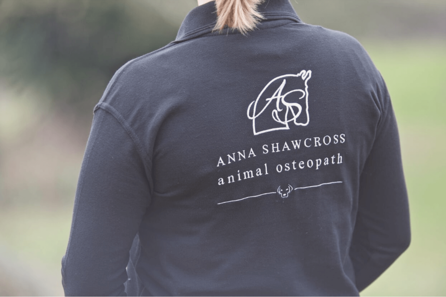 Anna Shawcross Animal Osteopath in West Sussex
